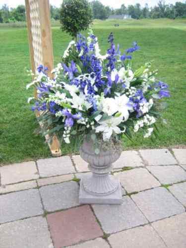 Wedding Flowers, Wedding Ceremony, Buffalo NY, Clarence NY, Wedding Ceremony Flowers
