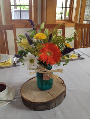 Flowers by Lipinoga Florist of Clarence NY for Wedding at Timberlodge in Akron NY (11)