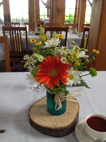 Flowers by Lipinoga Florist of Clarence NY for Wedding at Timberlodge in Akron NY (9)