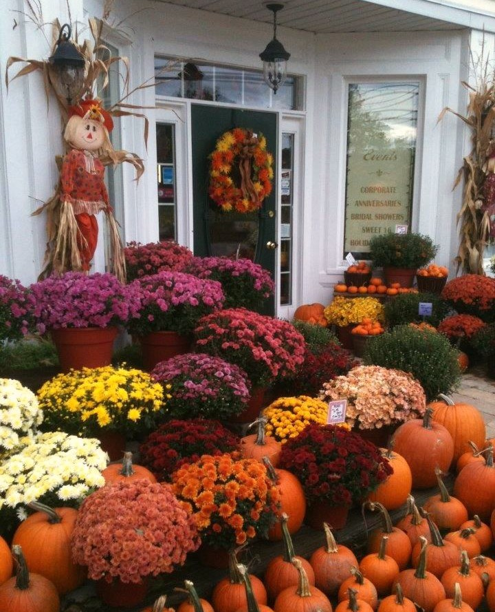 Outdoor November Wedding Flowers: Buffalo Wedding & Event Flowers By Lipinoga