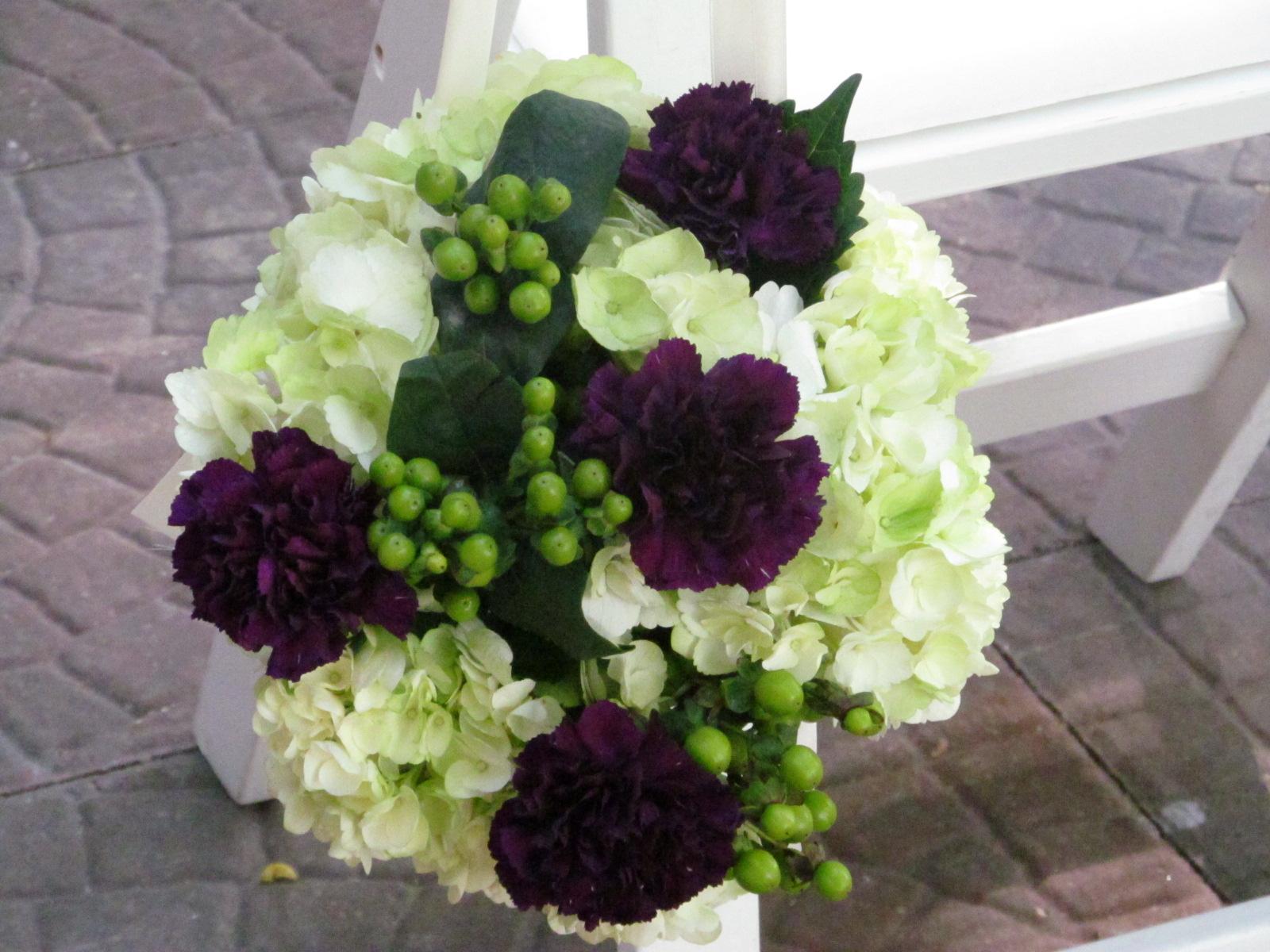 plum | Buffalo Wedding & Event Flowers by Lipinoga Florist