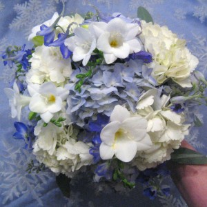 blue bridesmaids bouquet