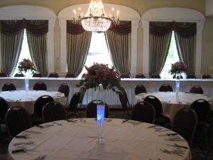 Tall Wedding Centerpiece Buffalo, NY Pilsner Vase Hydrangea, Lilies, Roses