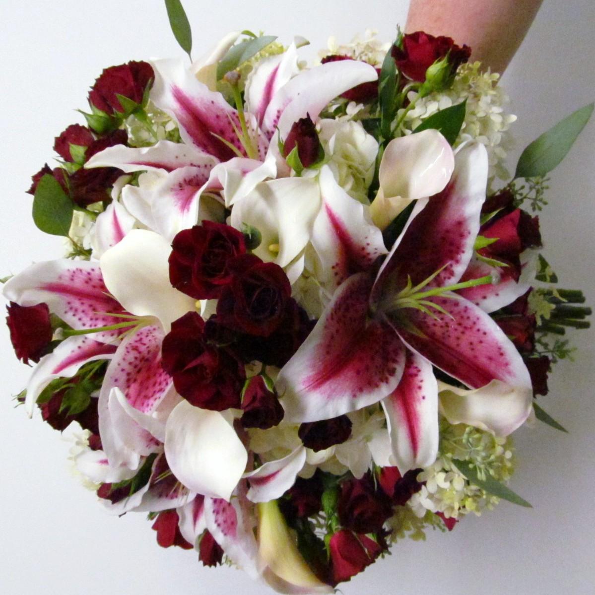 Burgundy Flowers For Weddings Freesia Buffalo Wedding Event Flowers By Lipinoga Florist
