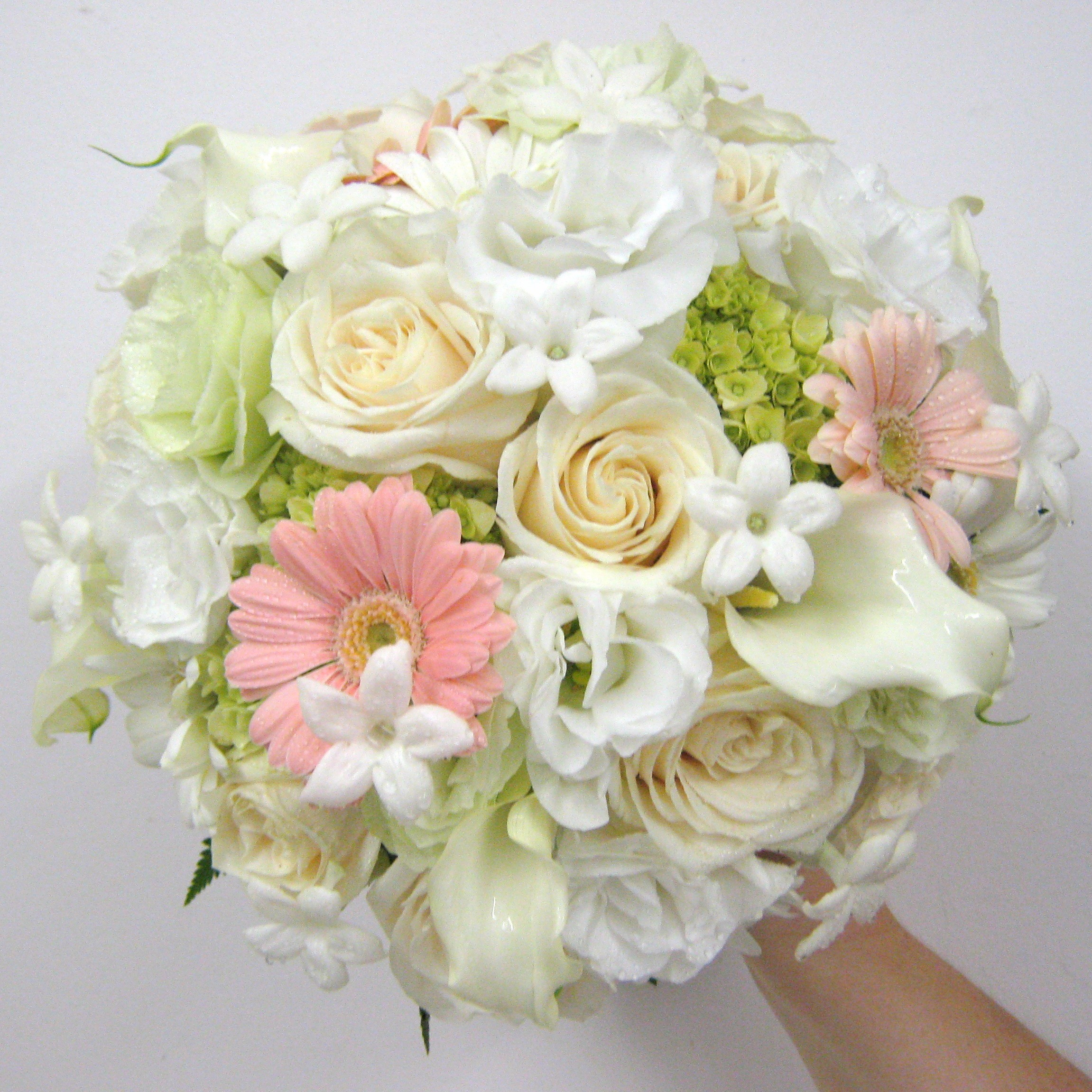 Peach buffalo wedding event flowers by lipinoga florist for Bouquet of flowers for weddings