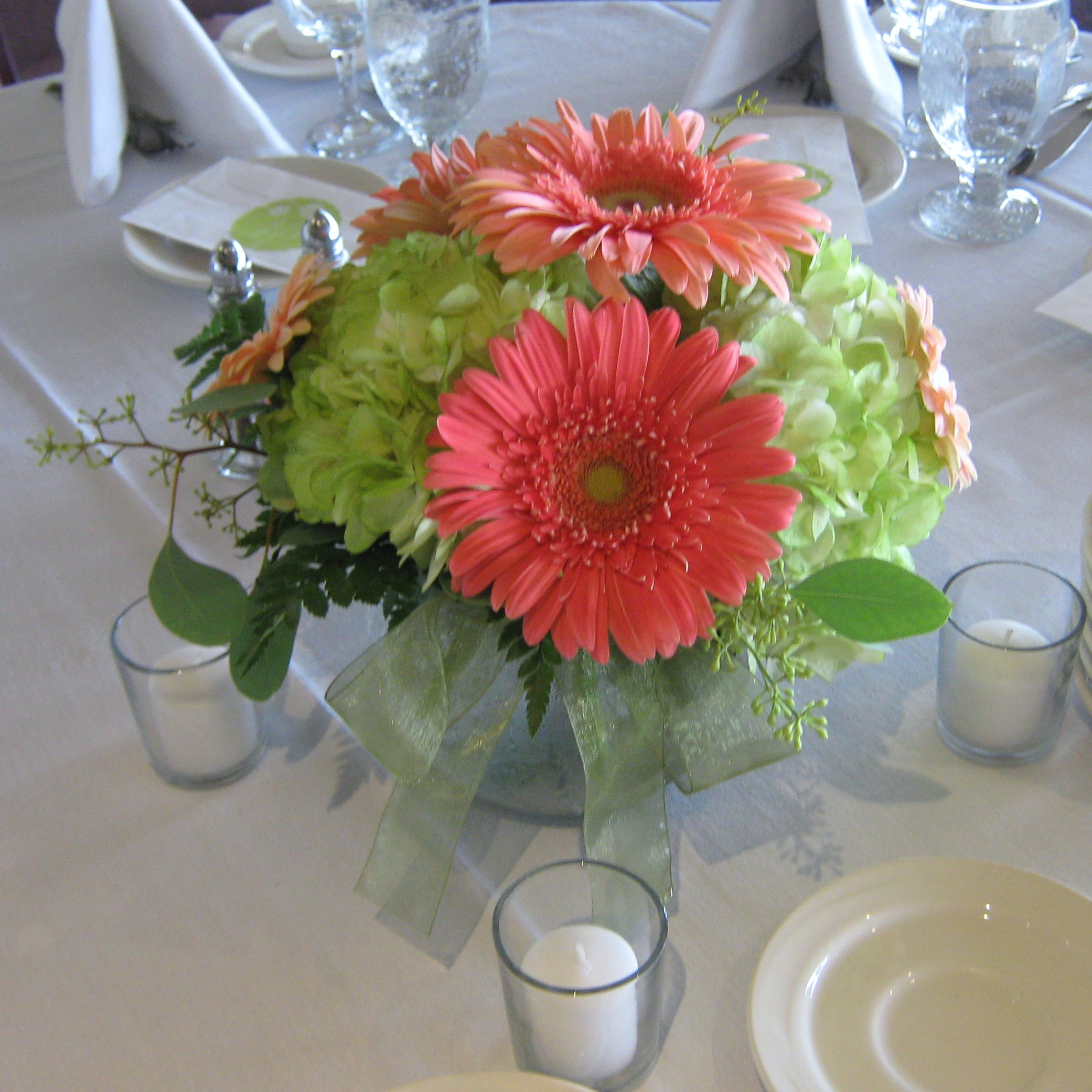 Centerpieces buffalo wedding event flowers by lipinoga