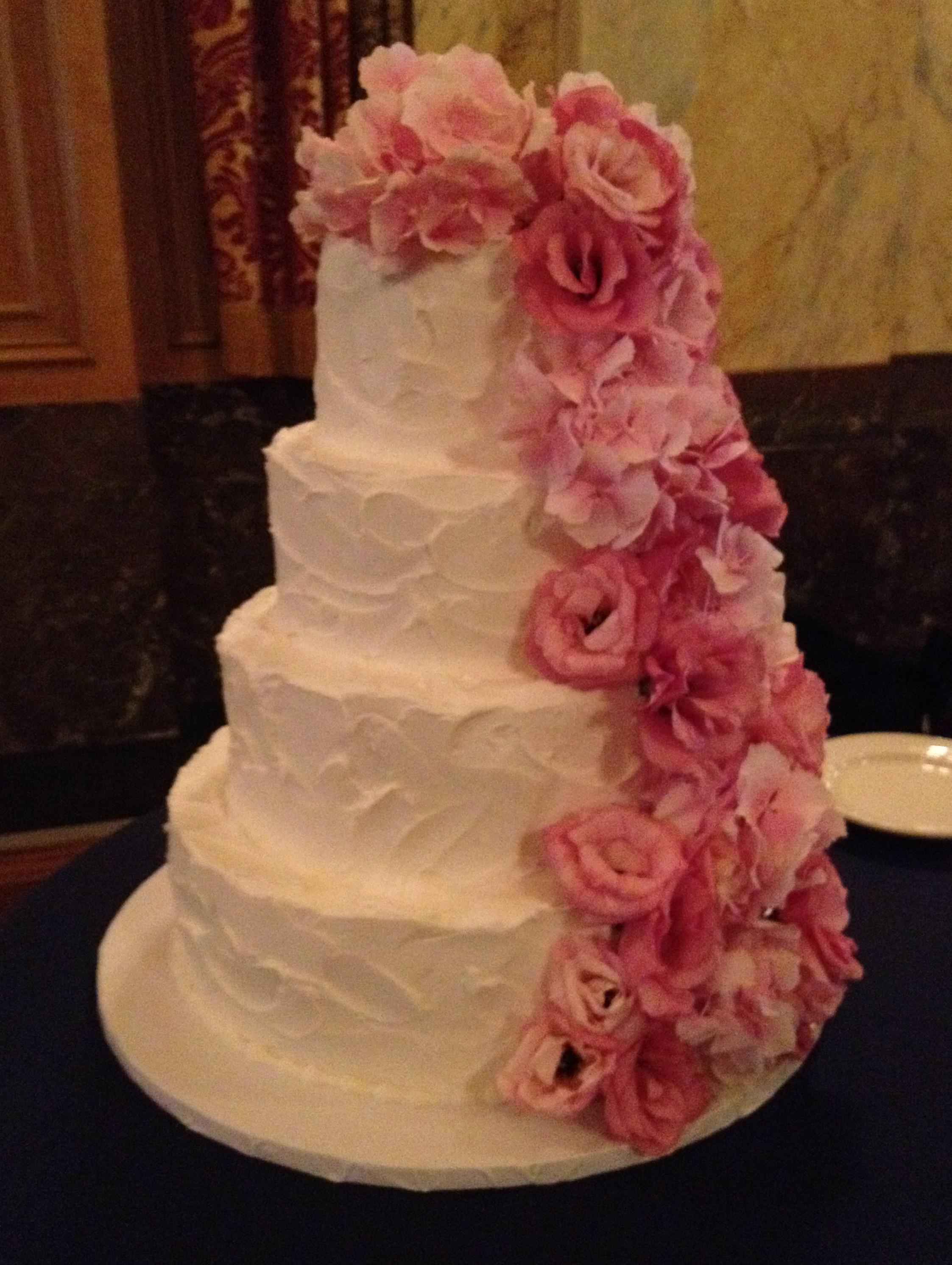 Wedding Cake Flowers For Real Buffalo Weddings