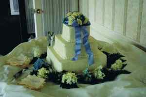 Williamsville NY Wedding reception flowers