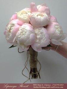 lipinoga florist nude and blush wedding flowers
