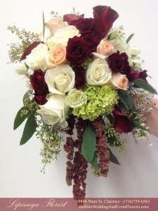 Lipinoga Florist of Clarence NY rustic free form gardeny green pink and burgandy Bridal Bouquet for Real Buffalo Wedding