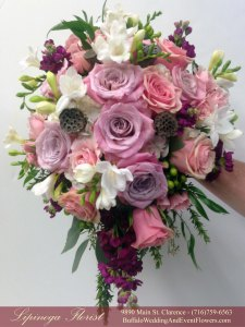 Lipinoga Florist of Clarence NY rustic free form gardeny pink and lavendar Bridal Bouquet for Real Buffalo Wedding